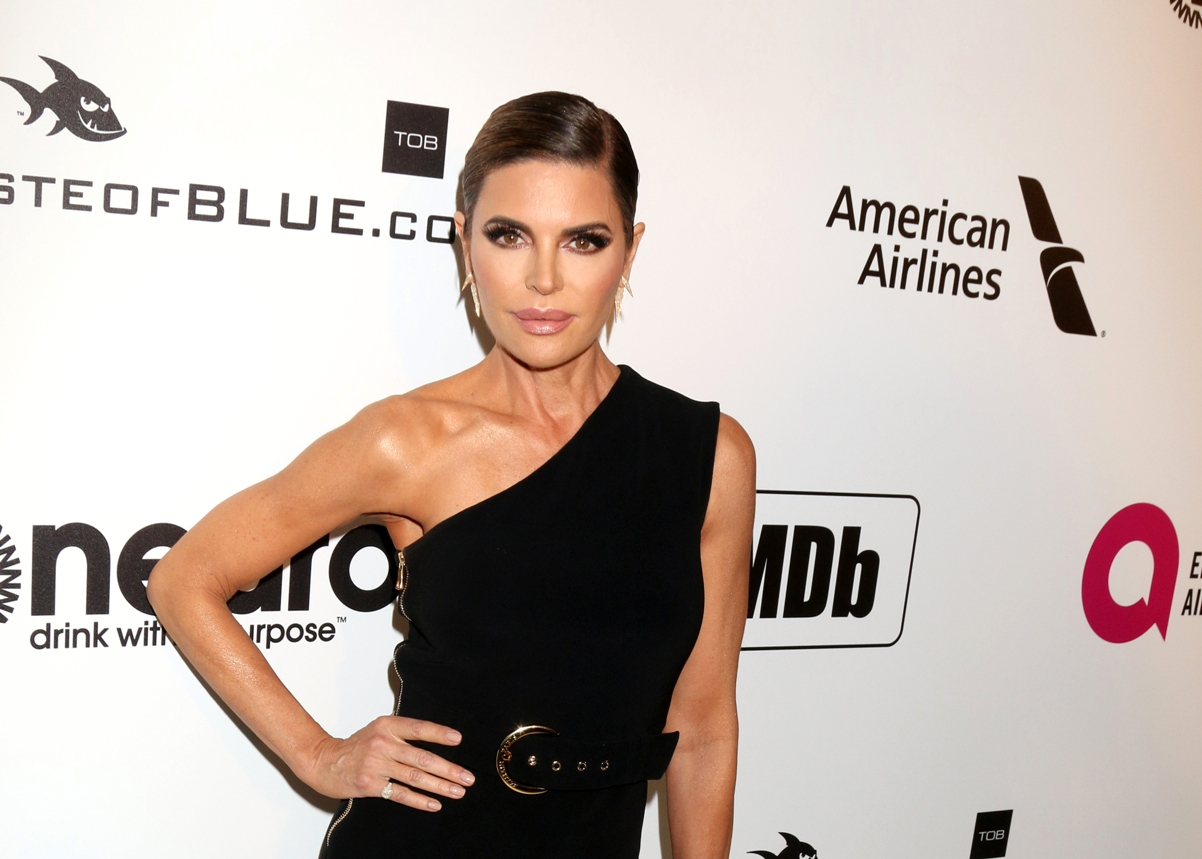 """RHOBH's Lisa Rinna Addresses """"Symbiotic Relationship"""" With Paparazzi, Admits She's Shocked by $1.2 Million Lawsuit, and Denies Wrongdoing"""